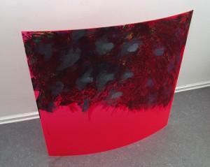 Kurve im Raum, Öl und Kreide auf Acrylgas, 2007, 100 x 100 x 19 cm