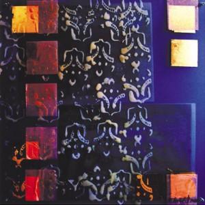 Denn Gleiches ist nie gleich, Acrylglas, Photocollage, Bienenwachs, Blattgold, 2001, 65 x 65 cm